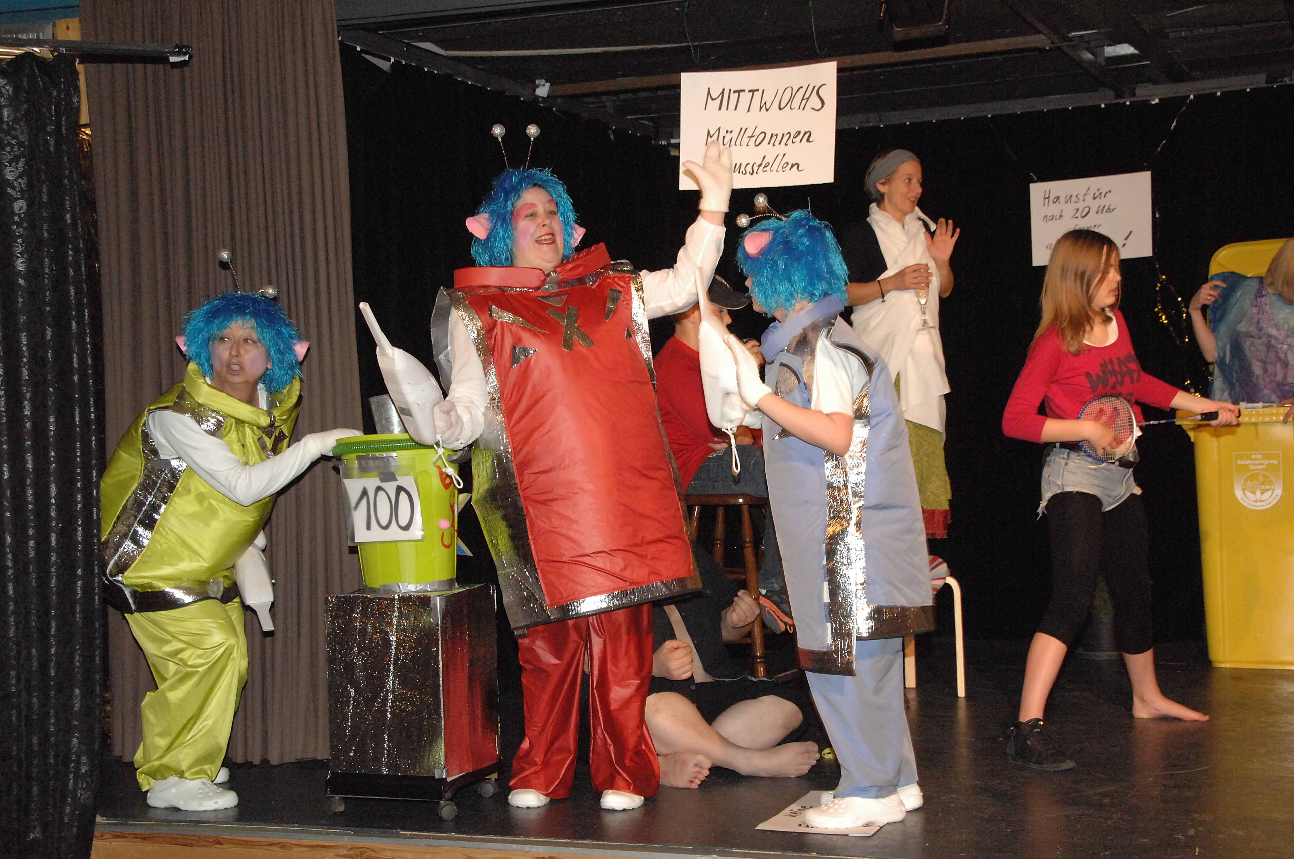 Invasion im Treppenhaus, Theaterstück von Volker Zill